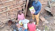 Tragický skon chlapečka ve slumu Kibera. Pomůžete jeho rodině?
